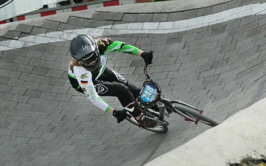 Bühlertäler Racing-Lady auf internationaler BMX-Bühne