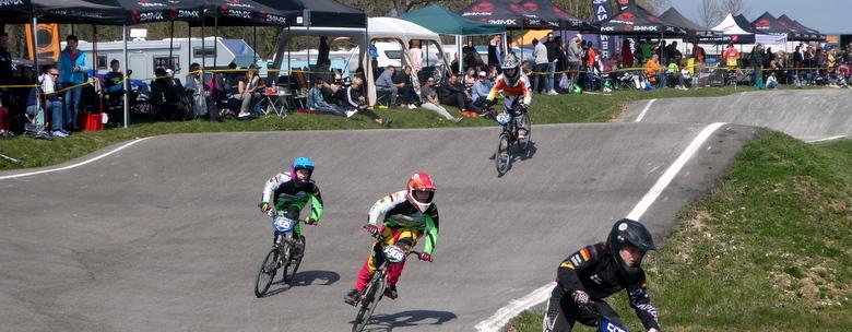 BMX-Racer eröffnen die Saison in Nussdorf