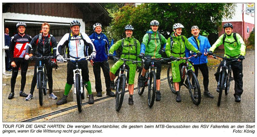 "Read more about the article Abgehärtete ""Genussbiker"" trotzen dem Regen"